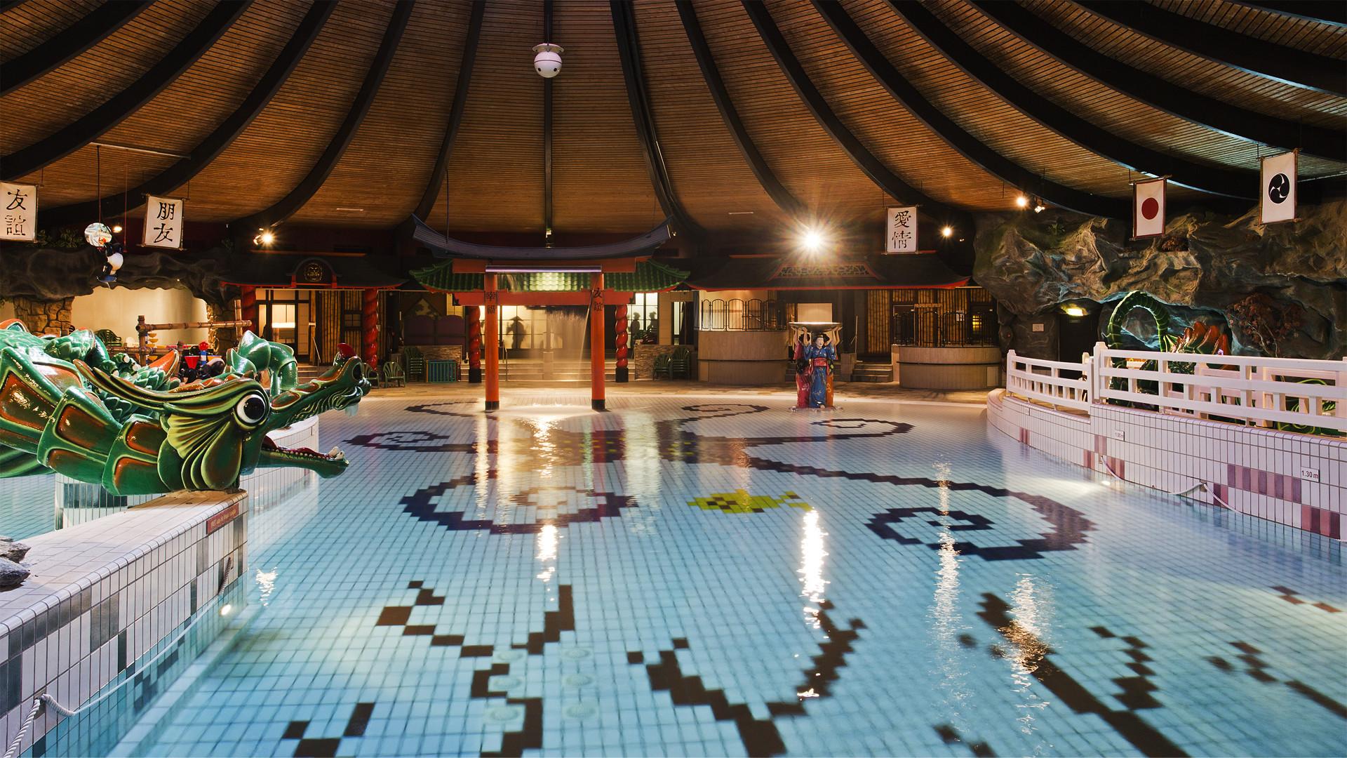 Uitgaanstip de bonte wever - Zwembad arrangement ...